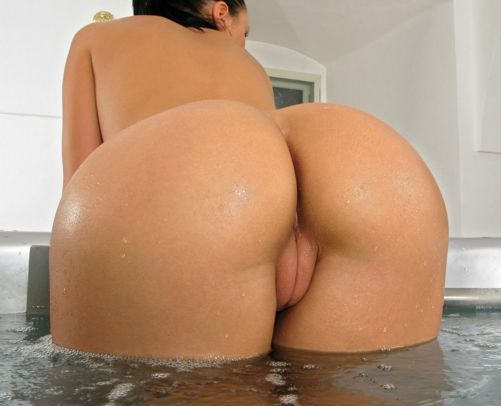 Hot naked female ass model